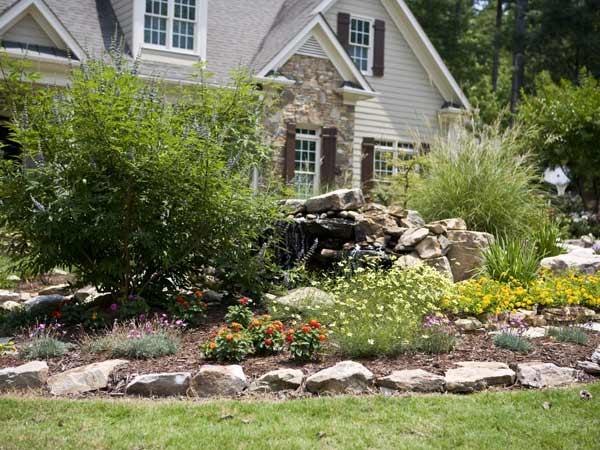 Landscape Maintenance Image: Mansell-30.jpg