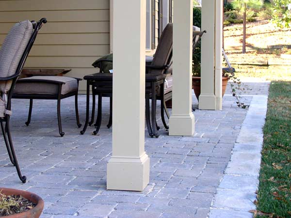 Hardscape Design & Installation Image: fieldstone_patio2.jpg